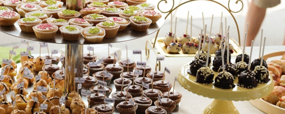 Cakepops und ganz viel Süsses vom Apéro